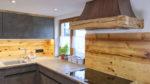 Küche mit Altholz und Stein - Holzquadrat OHG