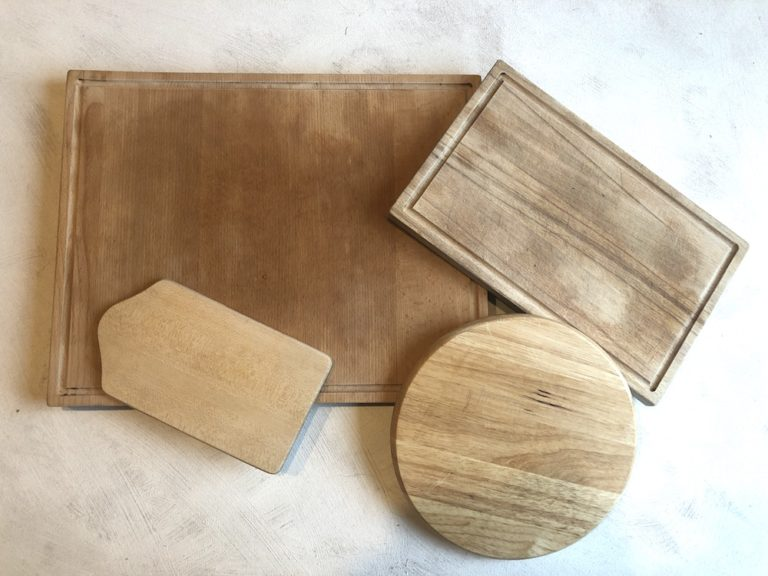 verschiedene Holz Schneidebretter - Holzquadrat OHG